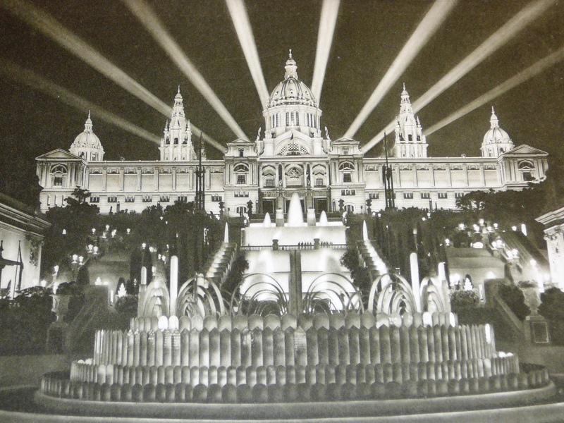 Foto de Wikipedia: El Palacio Nacional en 1.929 (año de su inauguración)
